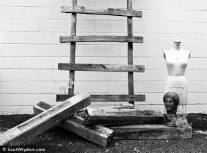 Headless Ladderman
