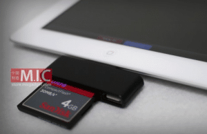 Compact Flash Card Reader for the iPad